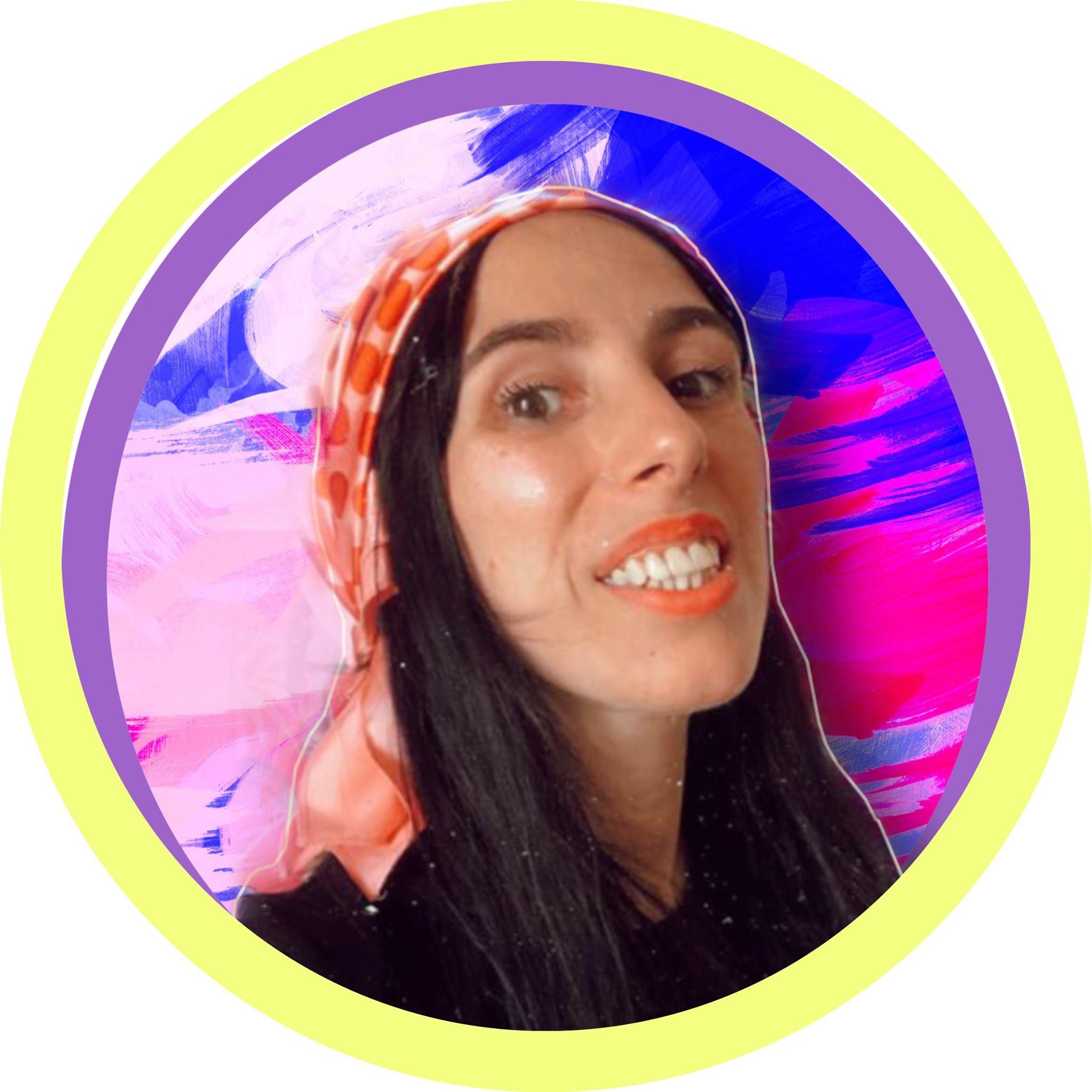 Cláudia Oliveira Simões